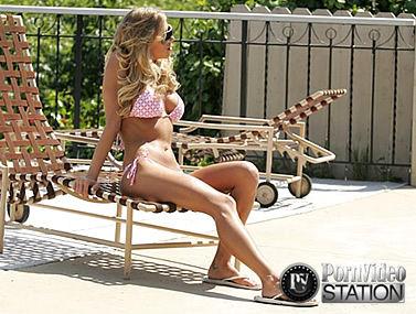 Pornstar Katie Morgan In Sexy Bikinis